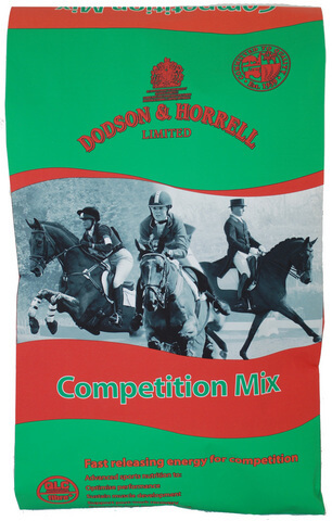 Competition Mix is formulated using the latest international research to support the nutritional demands of the competing horse.
