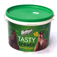 Badminton Tasty Treats are an easy and convenient reward for your horse or pony.